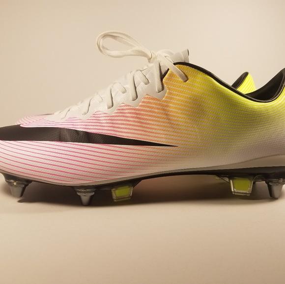 the best attitude ac4df ad4f9 Nike mercurial vapor X SG-Pro soccer cleats NWT